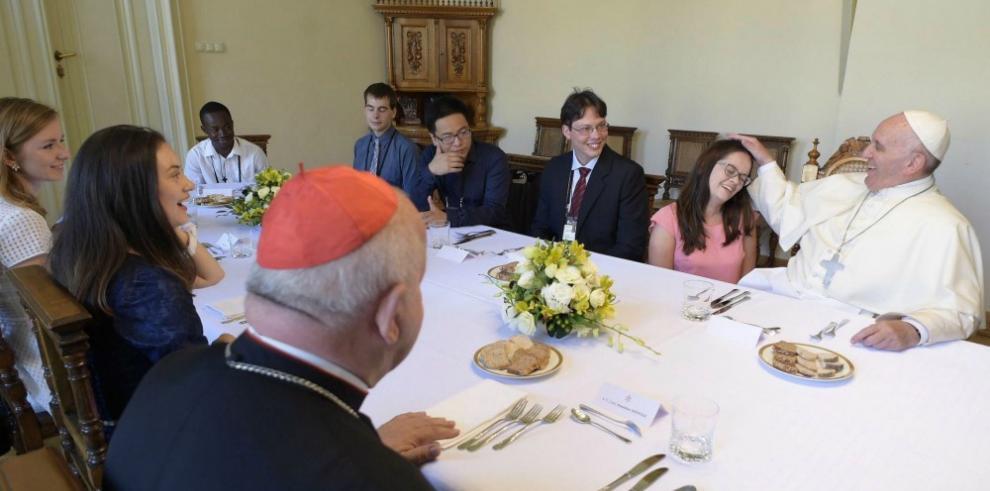 El papa confirma que viajará a Colombia en 2017