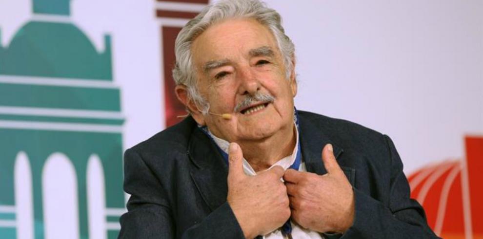 Mujica denuncia crisis política en el mundo por falta de liderazgo