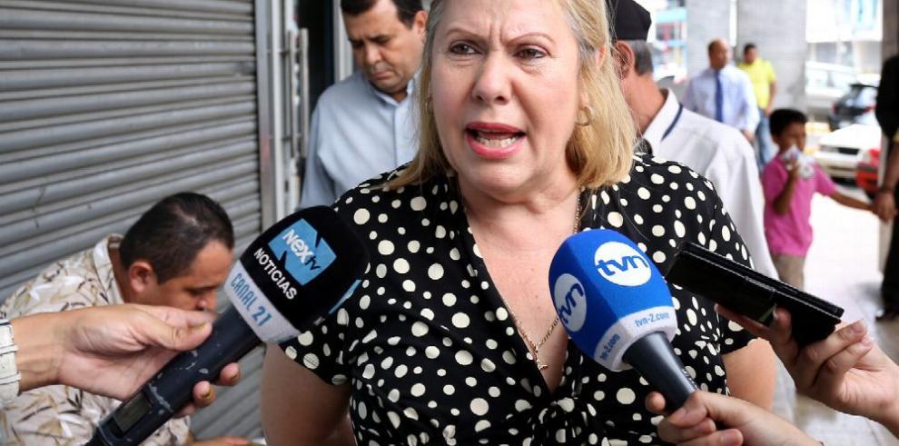 Juzgado fija fecha de audiencia contra la exministra Burillo