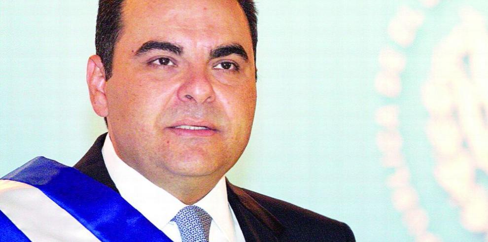 Juez ratifica cárcel a Saca, por corrupto