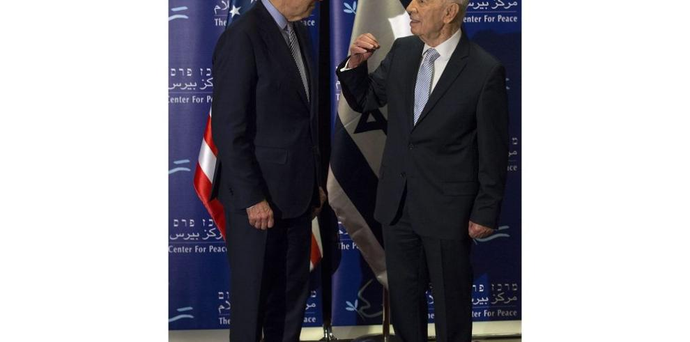 Biden llega a Israel en medio de polémica