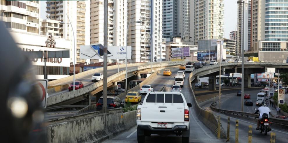 Más de 53 mil vehículos viajaron al interior por Semana Santa