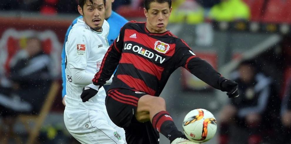 Dortmund mete presión al Bayern Múnich