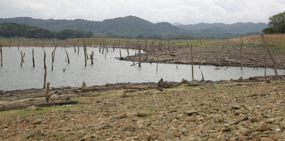 Israel orienta a Panamá en gestión de agua