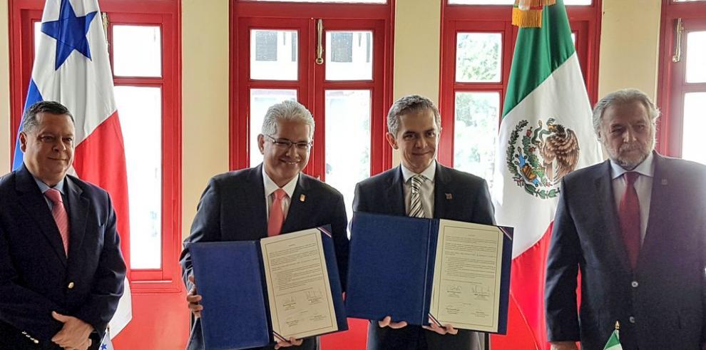 Panamá y México firman acuerdo de promover el turismo en sus capitales