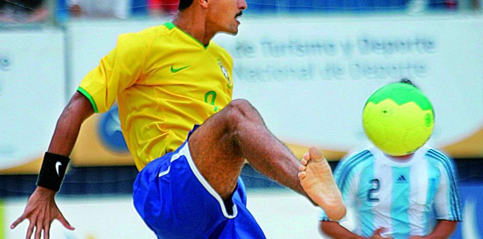 Brasil conquista el título de fútbol playa