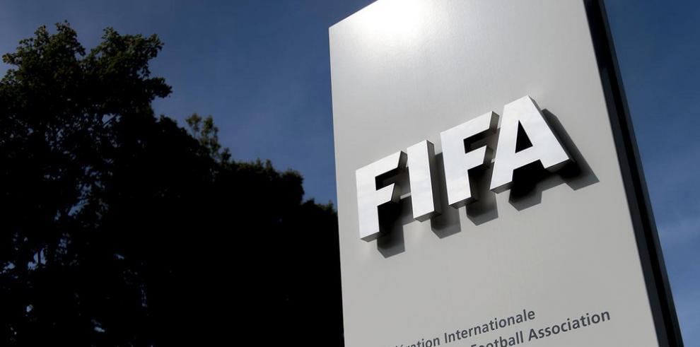 La FIFA multa a Croacia por los cánticos antiserbios de sus hinchas