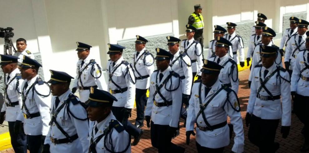 Organismos de Seguridad acaparan primera etapa del desfile