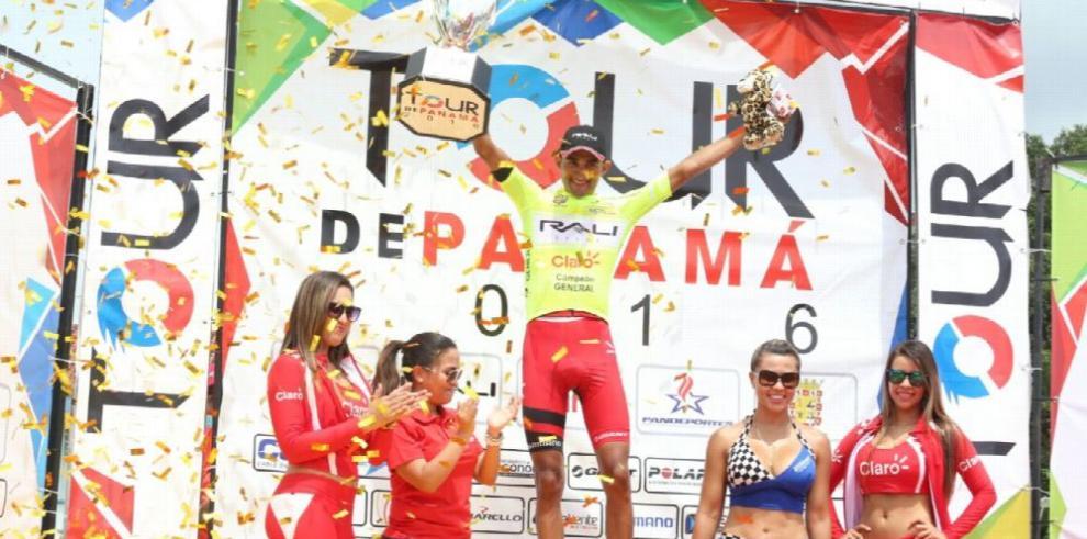 González repite como campeón y agradece a sus compañeros
