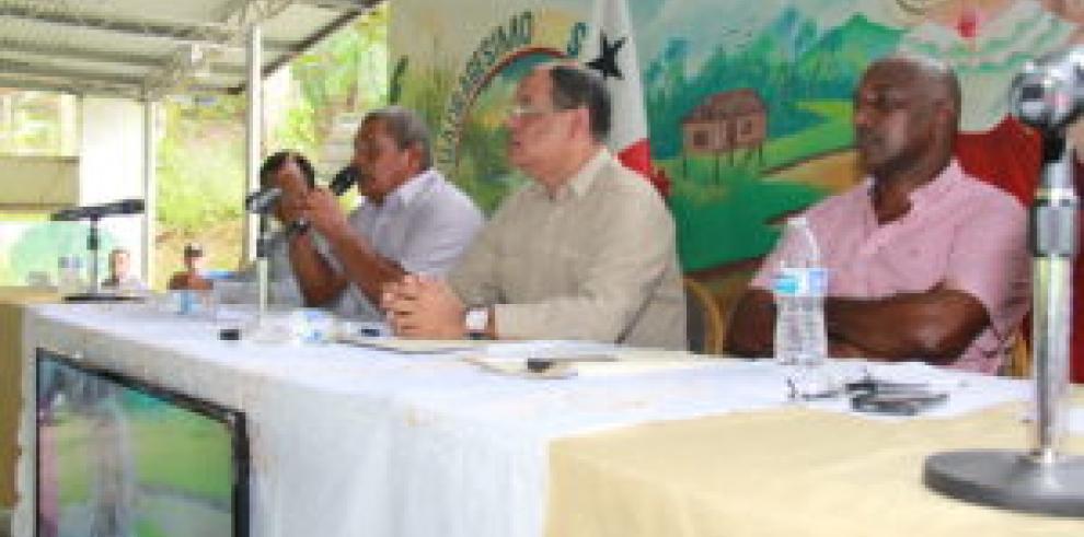 Asamblea avanza en la división del distrito de Donoso