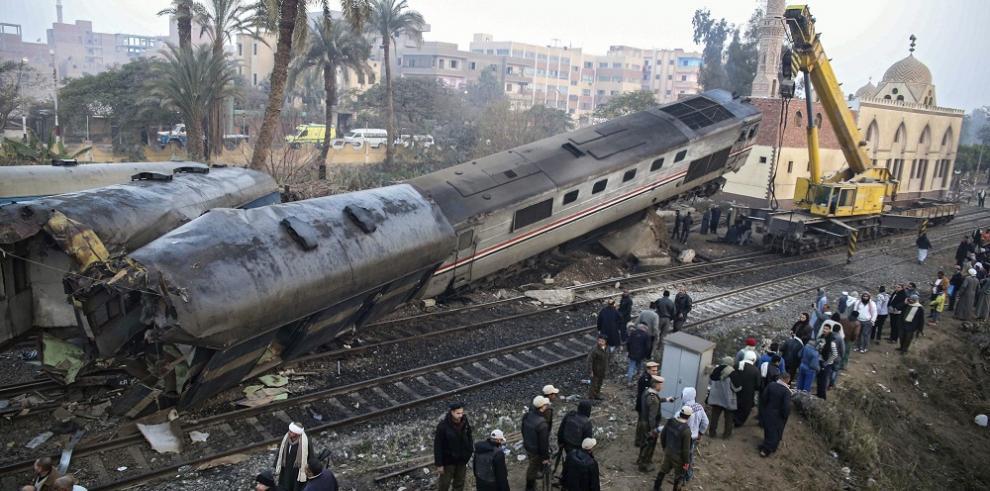 Al menos 70 heridos en un accidente ferroviario en Egipto