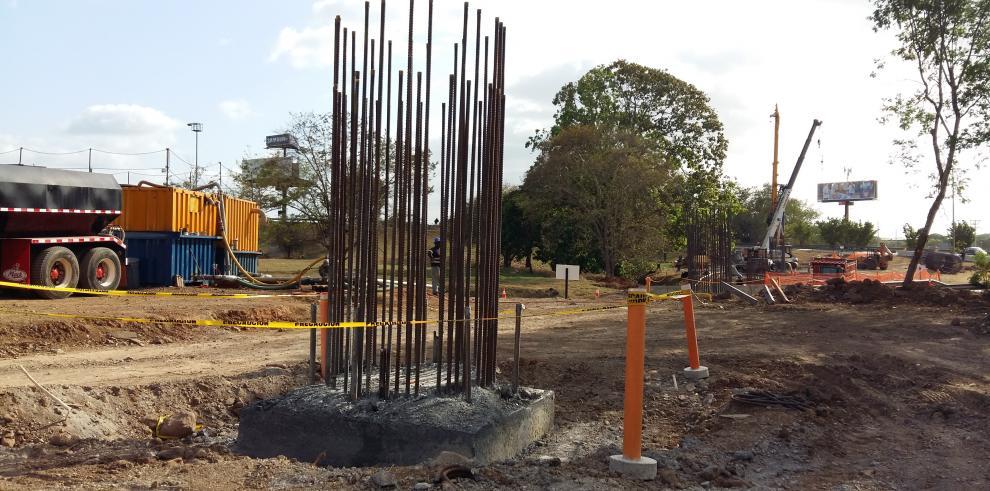 Se inicia la construcción del viaducto de la Línea 2 del Metro