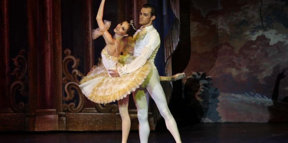 Ballet ruso trae 'La Bella Durmiente'