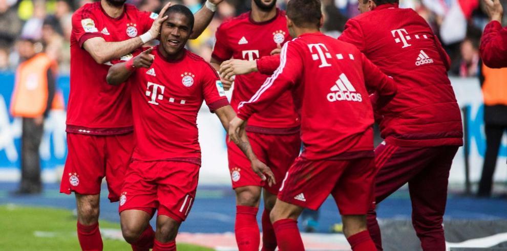 Bayern Múnich acaricia el título en la Liga de Alemania