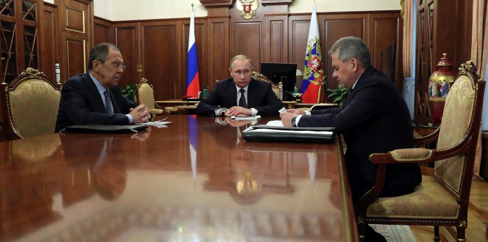 Gobierno sirio y la oposición acuerdan una tregua, dice Putin