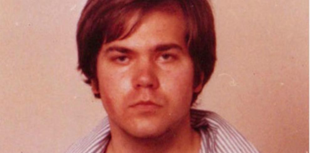 Ordenan la liberación del hombre que intentó matar a Reagan en 1981