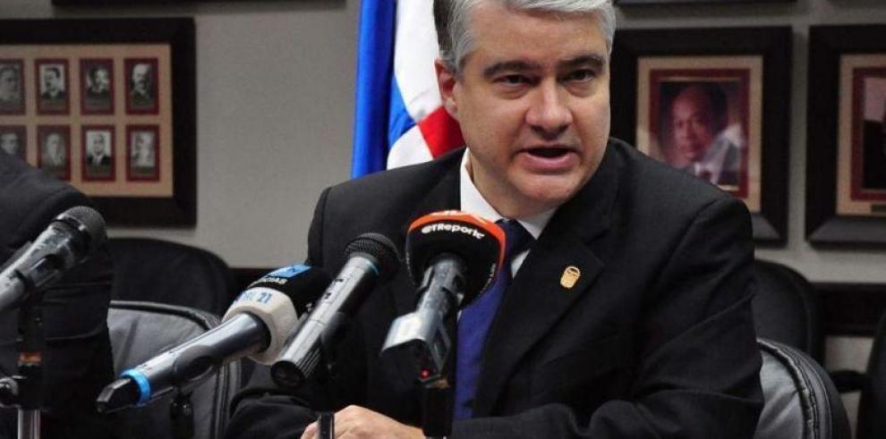 De La Guardiapresidirá delegación en la toma de posesión deKuczynski