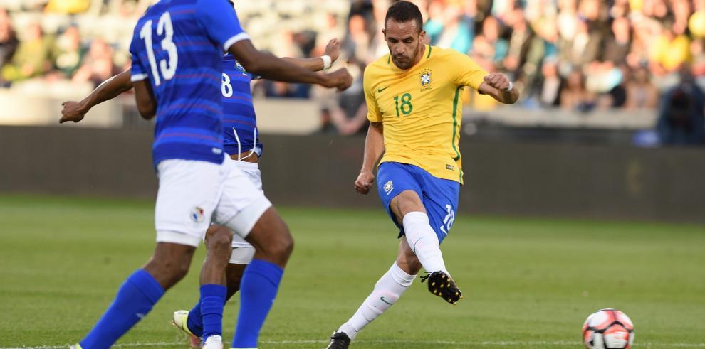 Brasil vence a Panamá en amistoso preparatorio