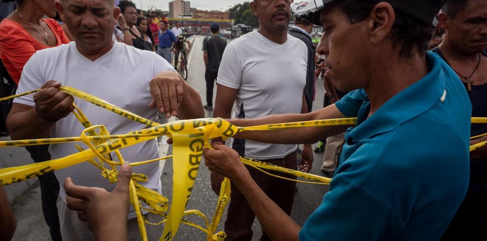 Venezolanos protestaron en las calles para exigir alimentos