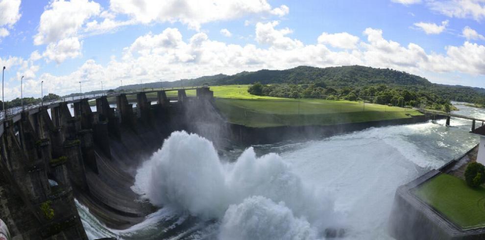 Canal comienza vertido preventivo en Gatún