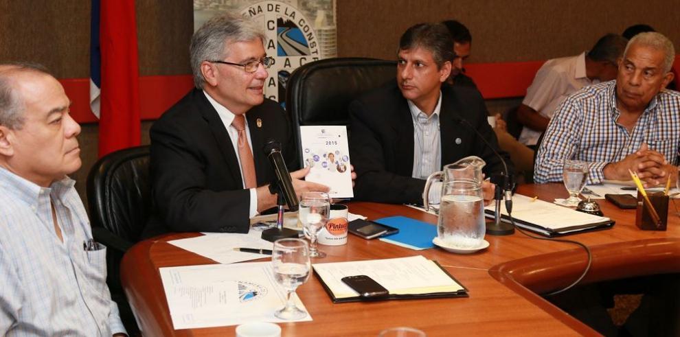 AIG presenta ante la CAPAC proyecto de aprobación de planos