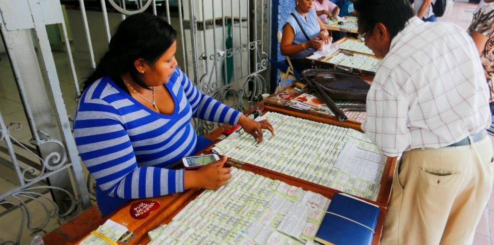 Disminuyen devoluciones de chances y billetes