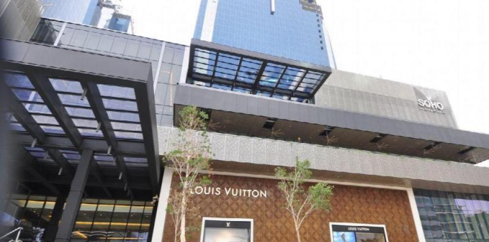 Waked firma Fideicomiso para ceder administración de Soho Mall