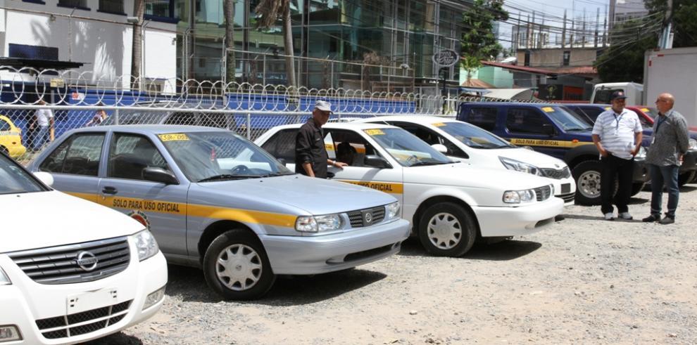 Se inicia operativo de Contraloría para fiscalizar autos en carnaval
