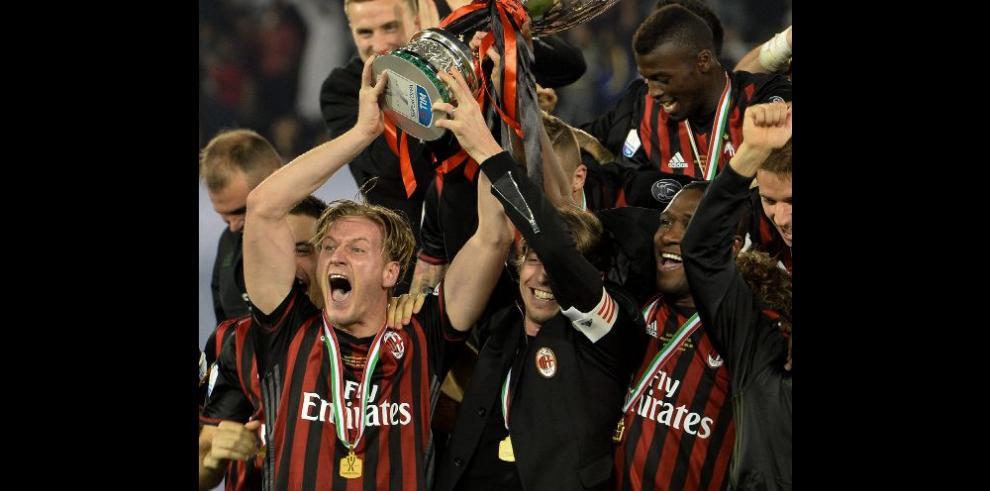 Milan alza la Supercopa