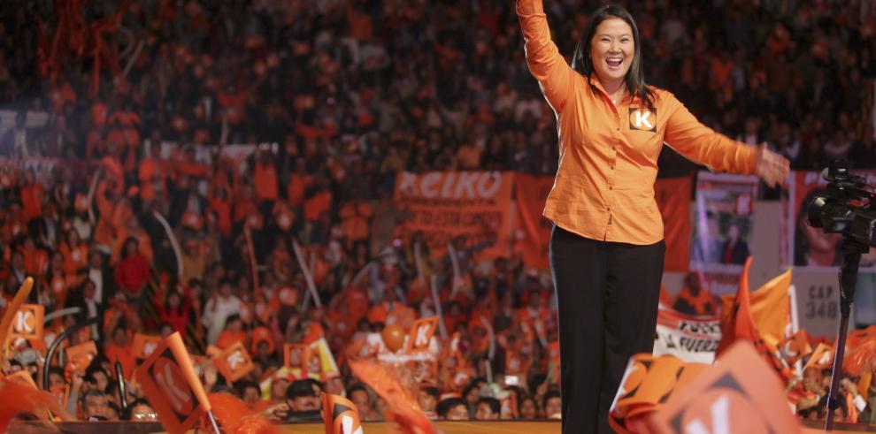 Hija de Fujimori inscribe su candidatura a la presidencia de Perú