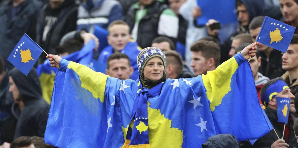 Kosovo es admitido como 55 miembro de la UEFA
