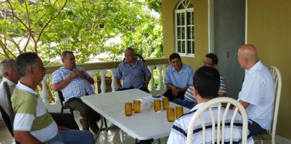 Robinson llama a un diálogo a las fuerzas internas del PRD