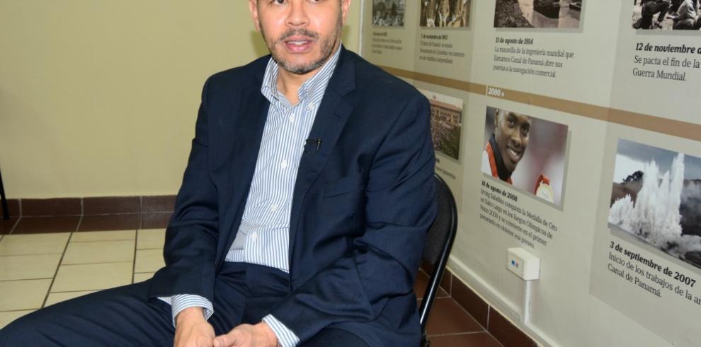 Roberto'Mano de Piedra' Durán será homenajeado en el interior del país
