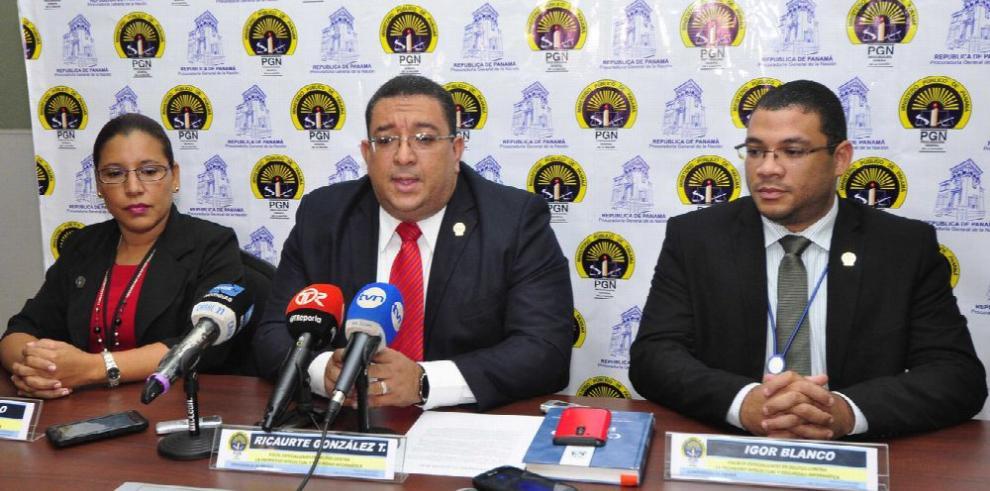 Fiscalía decomisa nuevas 'pruebas' a Mossack Fonseca