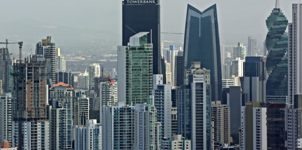 Panamá cuestiona prácticas discriminatorias en el sector financiero