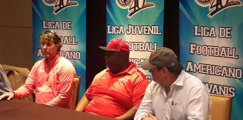 Football Americano del Club Kiwanis arranca temporada
