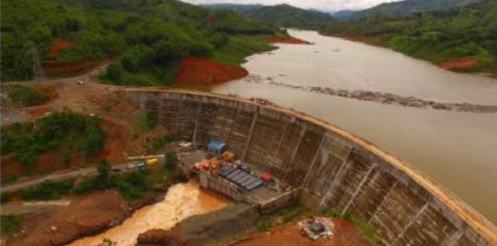 Genisa pide al Gobierno reanudarllenado del embalse en Barro Blanco