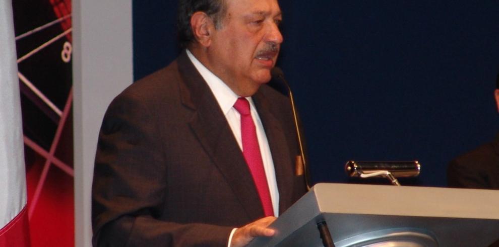 Carlos Slim lanzará en Panamá plataforma para mejorar la educación