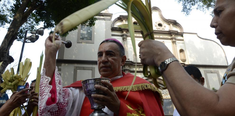 Cristianos católicos panameños celebran el Domingo de Ramos