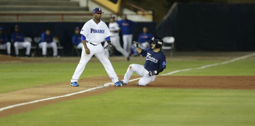 Panamá disputará hoy un pase al Mundial de Béisbol al vencer a Francia