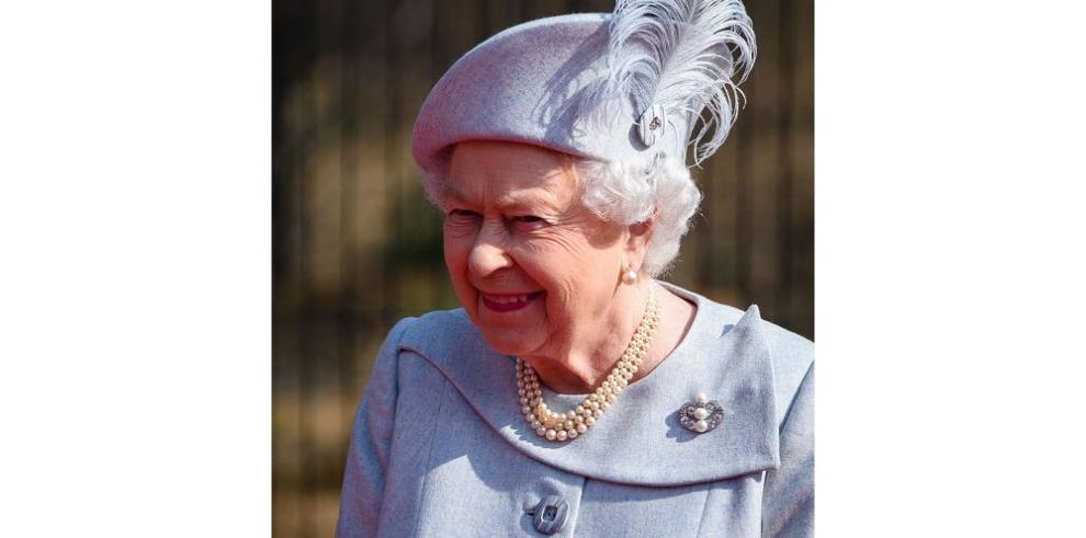 Isabel II se acerca a los 90 años y es protagonista de un documental