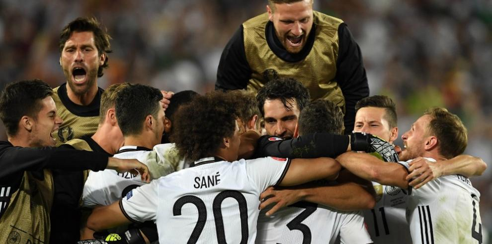 Alemania rompe maldición con tanda de penaltis y es semifinalista