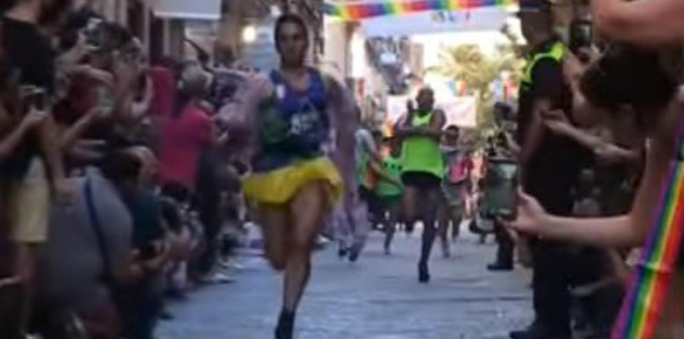 Video: España celebra elOrgullo Gay con una carrera de tacones