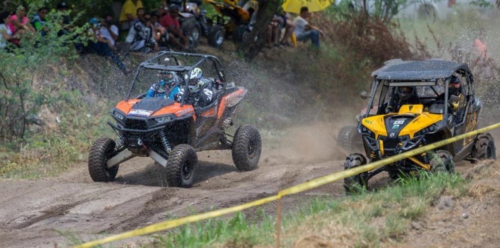 Panameños se preparan para el Campeonato de Cross Country en Costa Rica