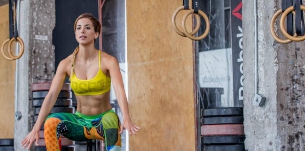 """Un """"fitness club"""" en línea solo para mujeres"""