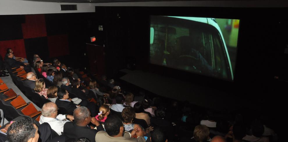 China supera a EEUU como país con más salas de cine del mundo