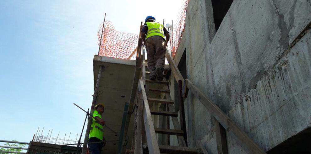 Avanza construcción del proyecto Villa Bello Horizonte en Coclé