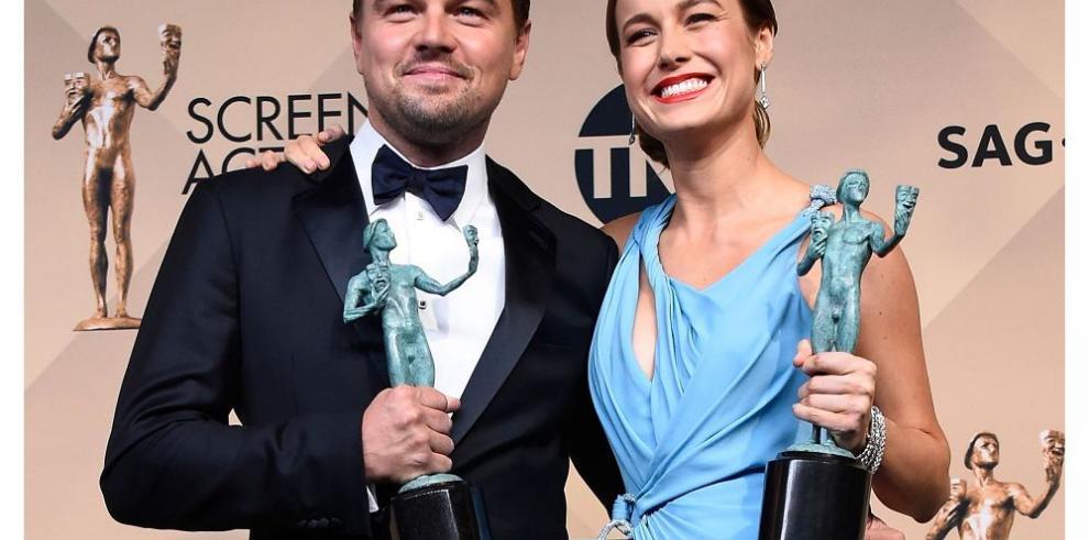 DiCaprio y Larson triunfan en los SAG