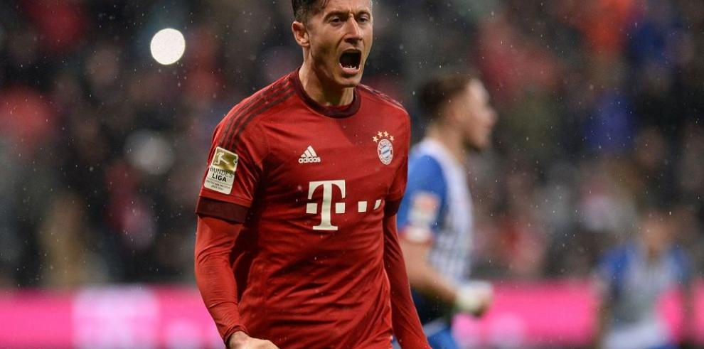 Bayern Munich, de la mano de Lewandowski, sigue imbatible