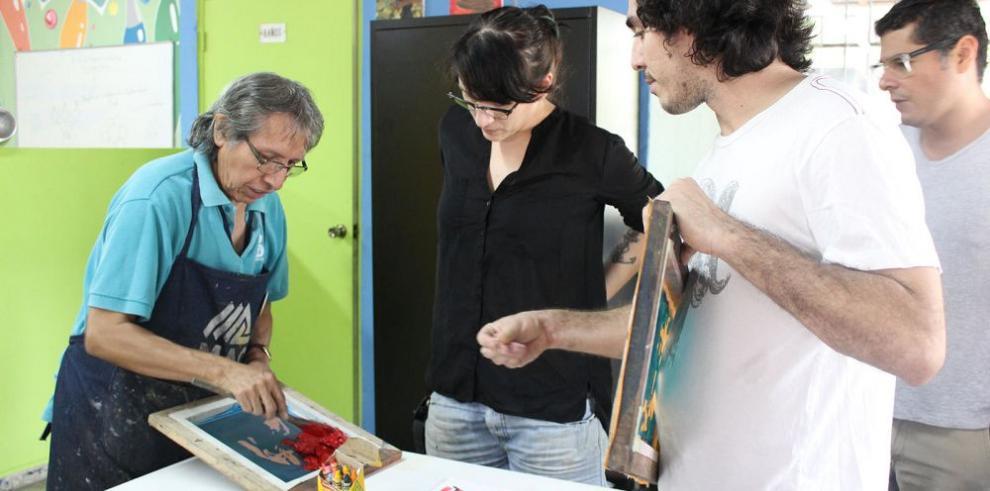 Julian Velásquez, el impresor del MAC